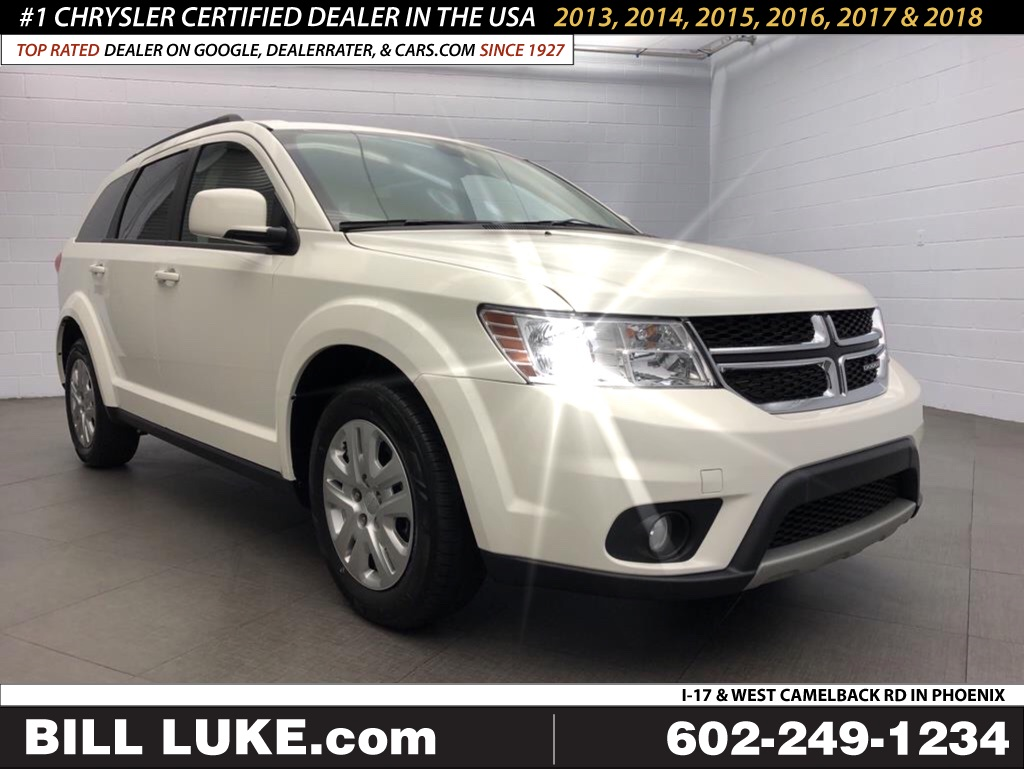 New 2019 DODGE Journey SE
